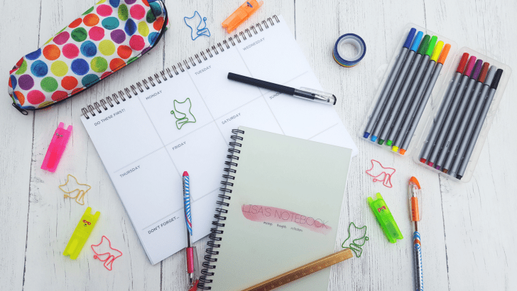 A-Bullet-Journal-for-a-Beginner-Write-on-It-review_www.lisasnotebook.com