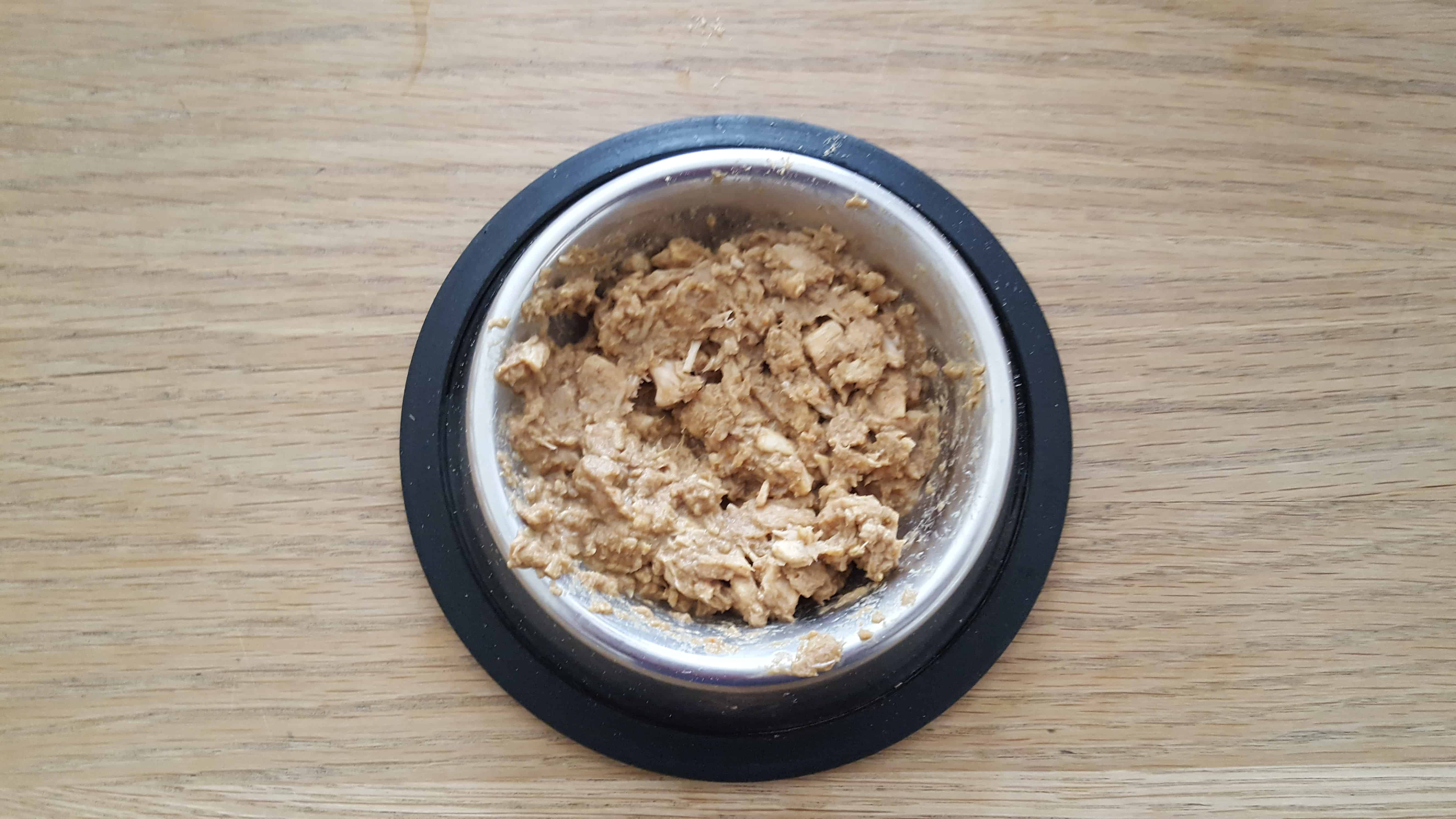 Pure-Pet-Foods-catfood-review_www.lisasnotebook.com