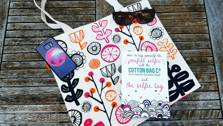 Taking the perfect selfie with Cotton Bag Co's Selfie Bag – review
