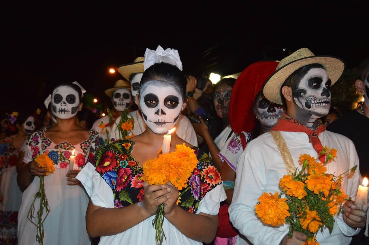 My-bucket-list-festival-dia-de-los-muertos_www.lisasnotebook.com